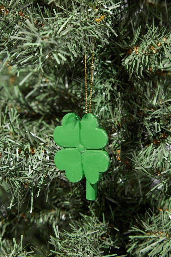 Resin Christmas Ornament, FOUR LEAF CLOVER