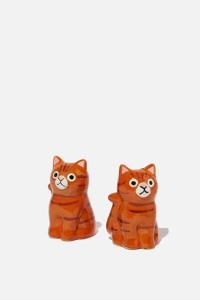 Novelty Shakers, KEVIN THE CAT