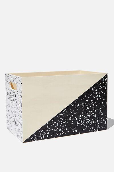 Box Storage, KEEP OUT SPLATTER
