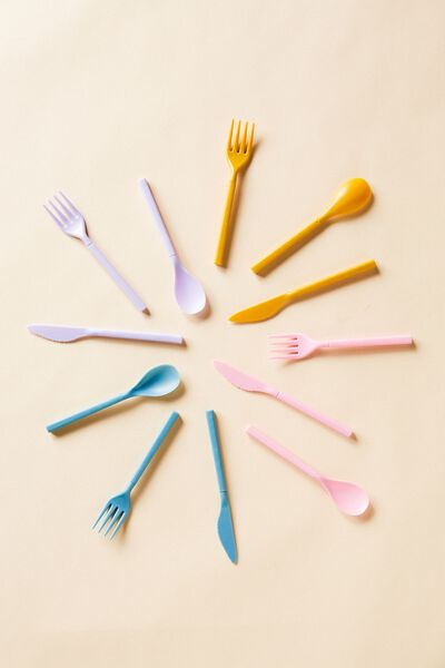 Cutlery Sets, PLASTIC PINK