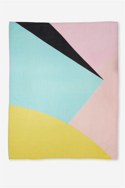 Fleecey Blanket, ABSTRACT