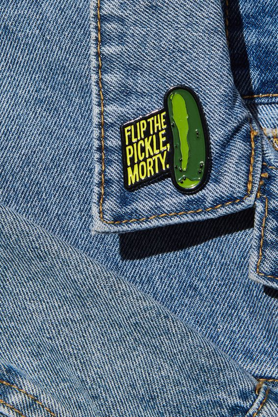 Rick & Morty Enamel Badge, LCN CNW RM RICK AND MORTY FLIP THE PICKLE