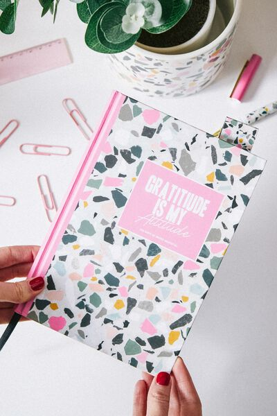 A5 Fashion Activity Journal, GRATITUDE
